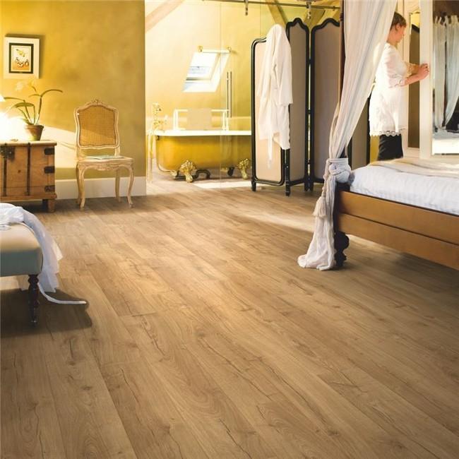 podłoga drewniana quick-step dąb klasyczny